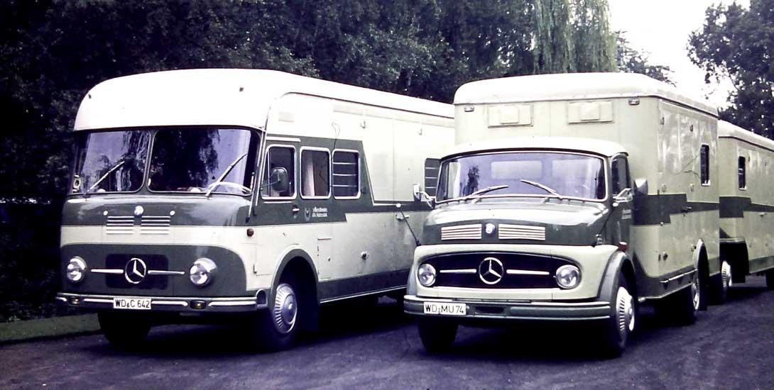 Historische Pferdetransporter von 1964 (Original Foto)